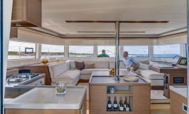 Sunsail Lagoon 505 Catamaran saloon